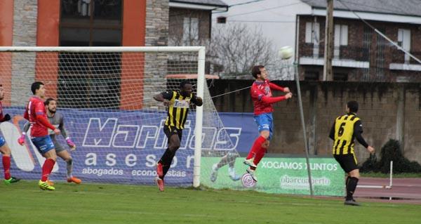 Photo of O CD Barco rasca un punto co empate en Calabagueiros