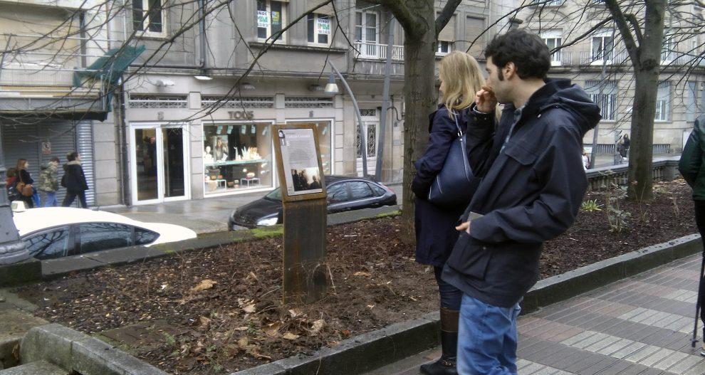 Photo of O ano de Carlos Casares arrancou en Ourense cunha visita guiada polo seu roteiro literario