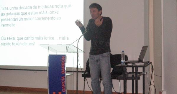 Photo of Charla de divulgación científica de Jorge Mira no IES García Barbón de Verín