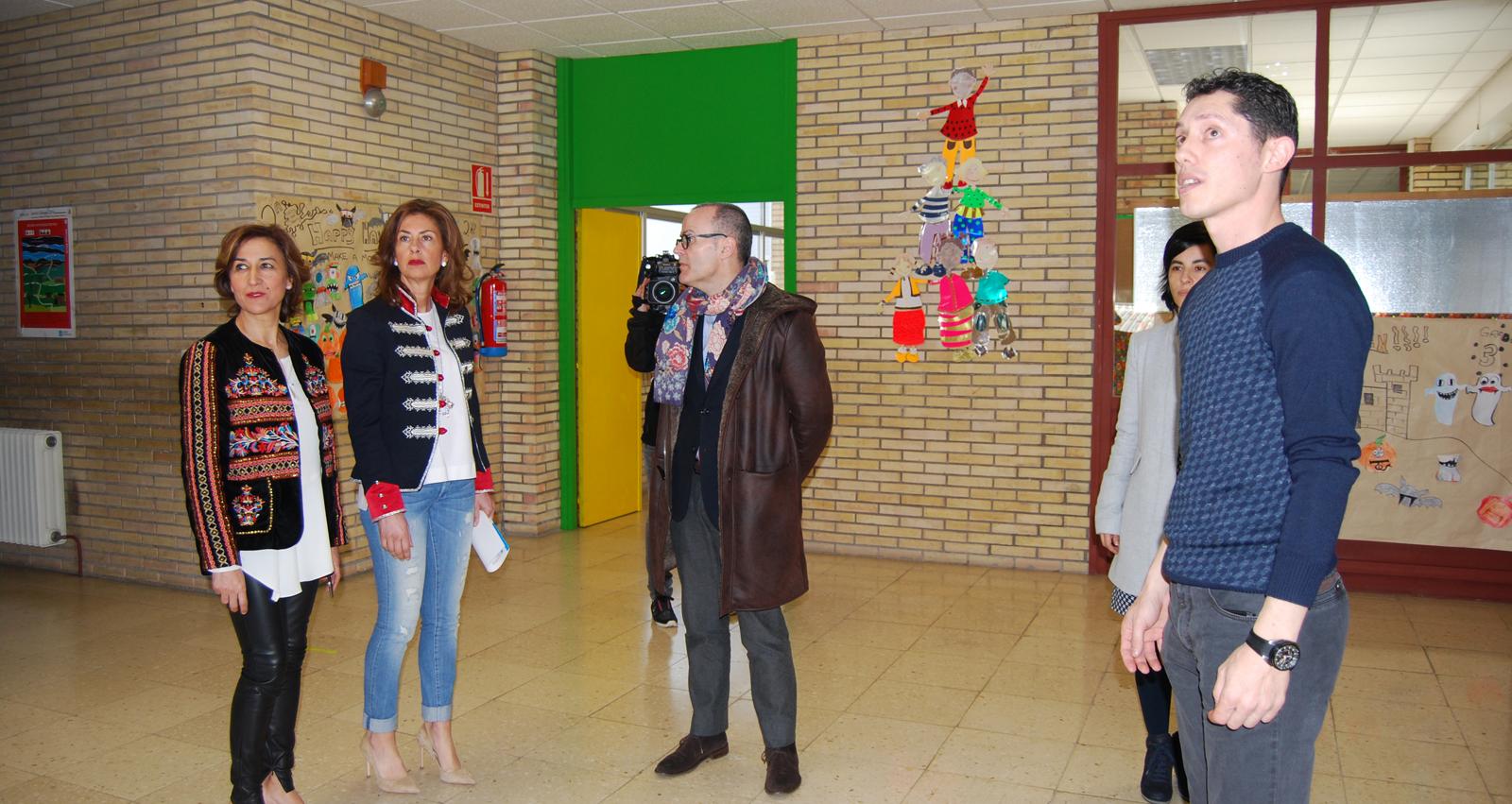Photo of Educación inviste 470.000 euros para mellorar a eficiencia enerxética do colexio de Seixalbo