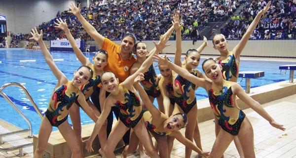 Photo of As nadadoras do Sincro Ourense conquistan Barcelona