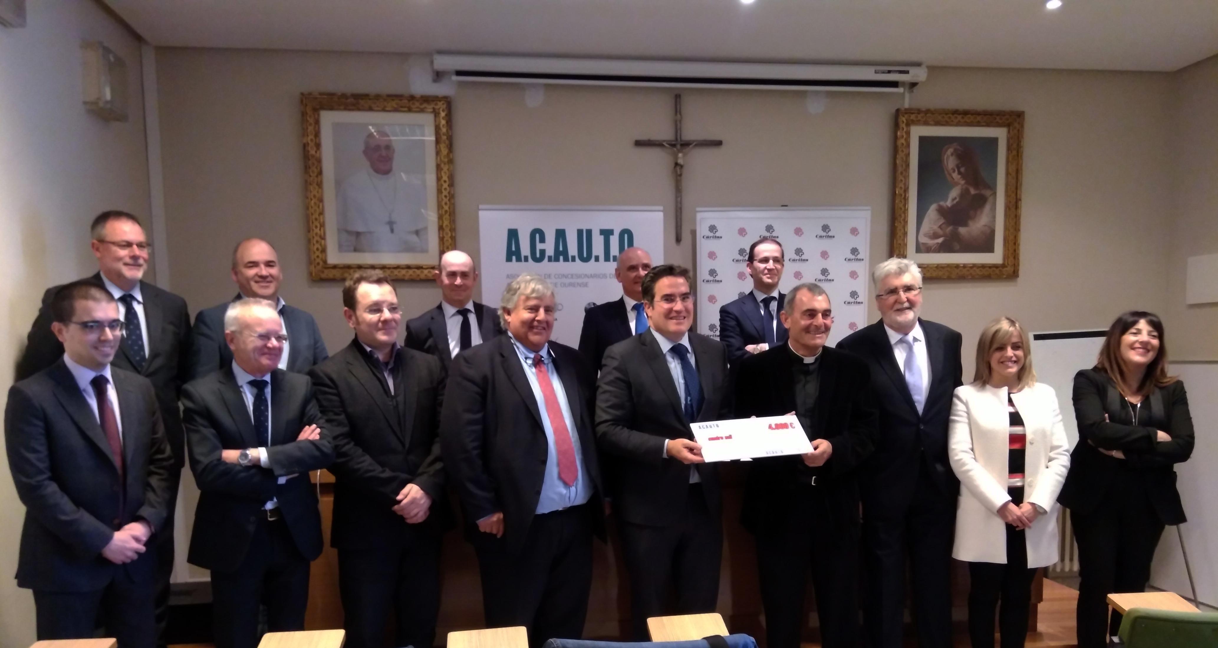 Photo of Cáritas de Ourense recibe unha achega de 4.000 euros por parte de ACAUTO