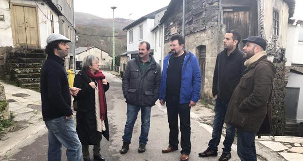 Photo of Luís Villares, de visita en Manzaneda, pide máis financiamento para os servizos do rural