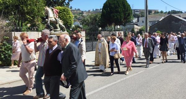 Photo of Os veciños de Vilamartín de Valdeorras honran ao patrón, San Jorge