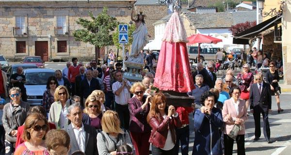 Photo of As parroquias de Petín e Santo Estevo (A Rúa) despiden a Semana Santa coa procesión do Resucitado