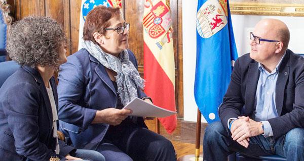 Photo of AEVA reúnese co presidente da Deputación de Ourense