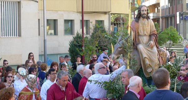 Photo of A bendición de ramos abre a Semana Santa barquense