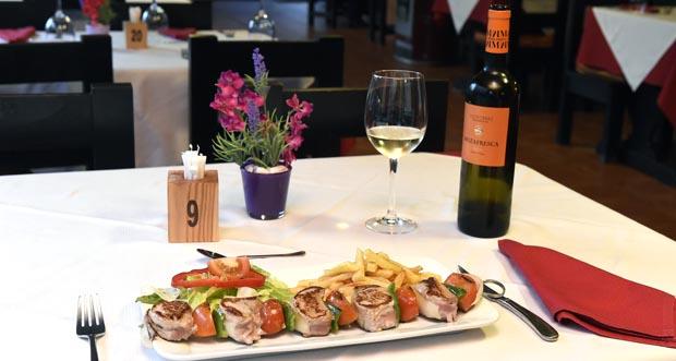 Photo of O restaurante Casa Lameiro do Barco prepara un menú especial para o Día da Nai