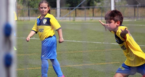 Photo of Tarde de fútbol con goleada, no campo do Aguillón