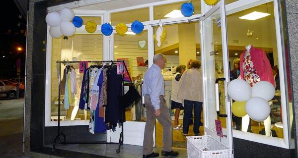 Photo of Dez comercios abriron na III Noite dos Descontos da Rúa
