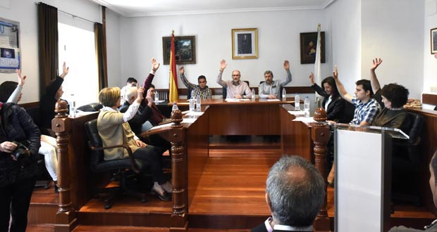Photo of Emotiva e agarimosa lembranza a Carlos Casares de Viana, vila onde se estreaba como docente