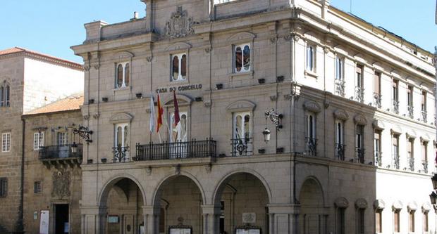 Photo of Concello e Viaqua asinan un acordo para evitar a pobreza enerxética