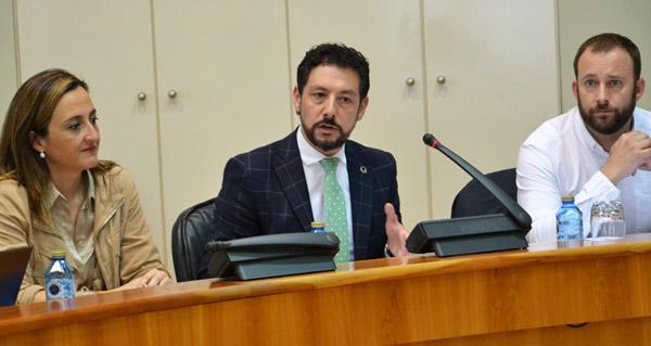 Photo of O Parlamento galego pedirá a Fomento a mellora do firme da N-120 en Valdeorras