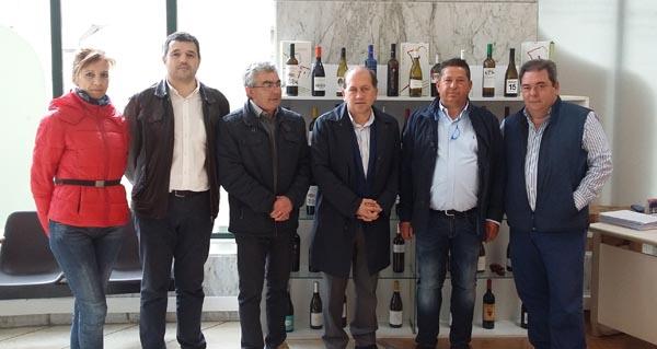Photo of Leiceaga visita a D.O. Monterrei para coñecer a situación do viñedo