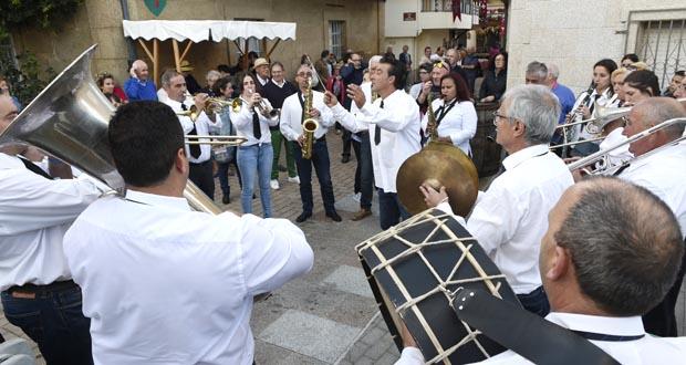 Photo of A banda de música Fonte Grande pon o broche á Feira de 1812