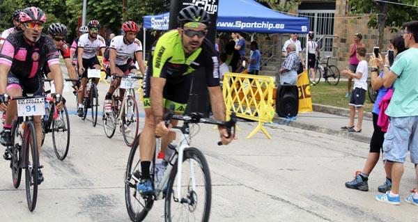Photo of Uns cen ciclistas participan na XIX edición da Volta a Valdeorras