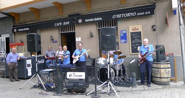 Photo of O grupo Blue Star pon son ao día de San Antón, na Rúa