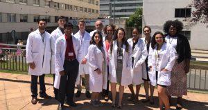 "Alumnos de ""pre health"" de EE.UU e Canadá fórmanse no CHUO"