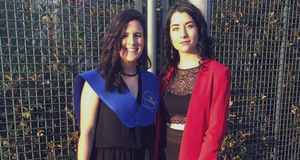 Photo of Dúas alumnas do IES Martaguisela do Barco, entre as mellores estudantes de Galicia