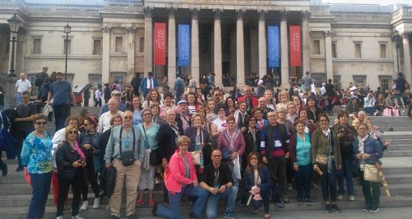 Photo of Un grupo de valdeorreses, de viaxe en Londres
