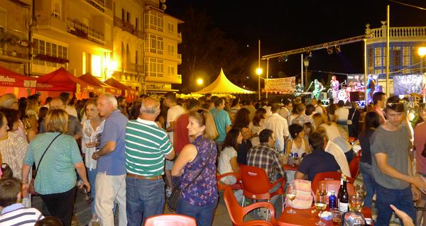 Photo of A Festa do Casco Vello do Barco enche a praza Maior
