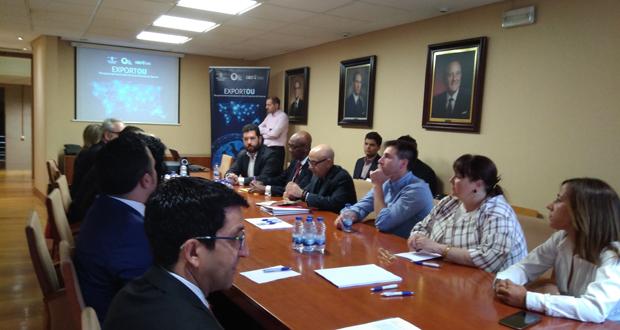 Photo of A CEO mantén un encontro bilateral cos empresarios da misión americana