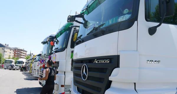Photo of Os camións comezan a reunirse no Malecón do Barco