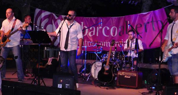 Photo of Os Clon Bois poñen música ao IX Mercaberto