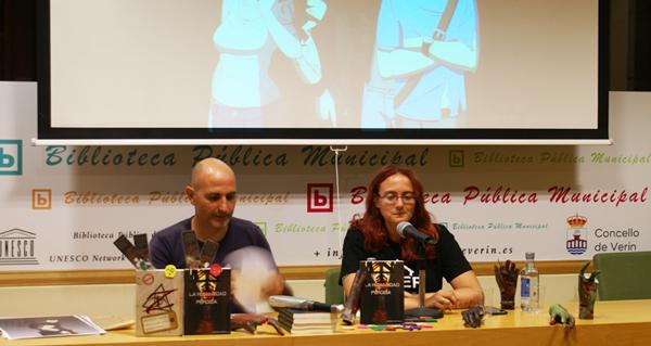 """Photo of Lourdes Hervella presenta na Biblioteca de Verín o libro """"La Humanidad perdida"""""""