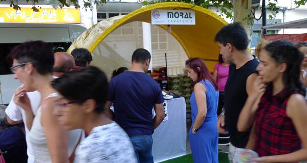 Photo of Moito público e actividades infantís no peche do Mercaberto