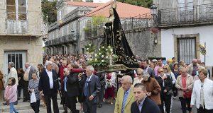 Multitudinaria procesión da Dolorosa na Pobra de Trives