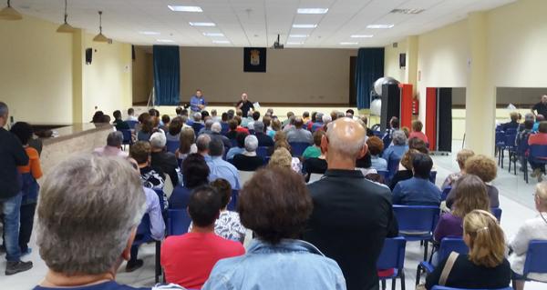 Photo of Unhas 150 persoas, na charla informativa da Plataforma Sanitaria en Vilamartín