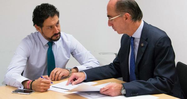 Photo of Moisés Blanco reúnese co conselleiro de Sanidade para abordar a reforma da Lei de Saúde