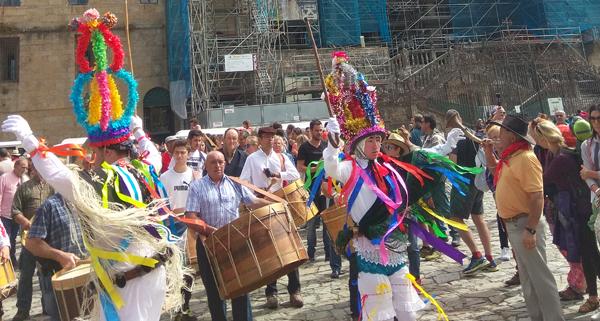 Photo of A forza do Entroido ourensán toma Compostela