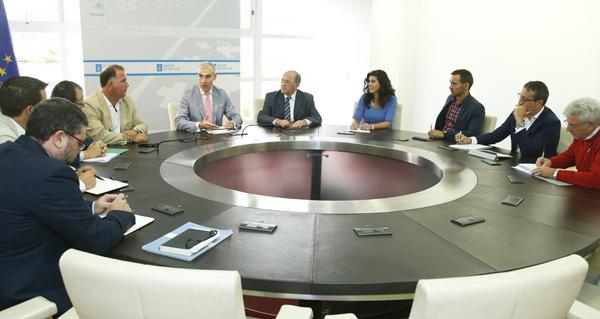 Photo of Reunión do conselleiro de Economía cos Clústers da Lousa e do Granito