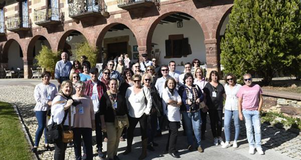 Photo of Trinta blogueiros gastronómicos reúnense no Pazo do Castro