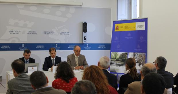 """Photo of A CHMS reduce a súa débeda """"herdada do 2012"""" de 60 a 5,4 millóns de euros"""