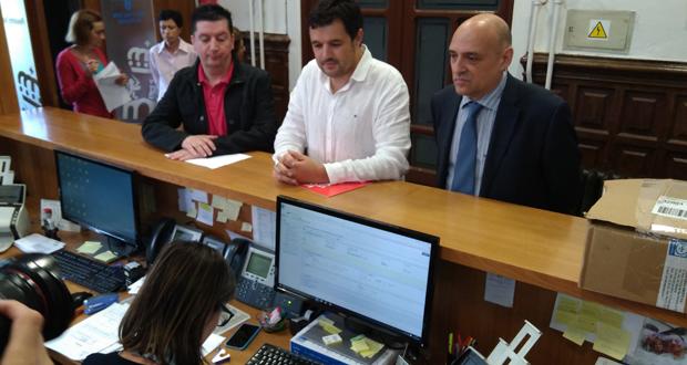 Photo of A oposición da Deputación pide aclarar as irregularidades no bombeo de auga entre o Miño e Cenlle, Punxín e San Amaro