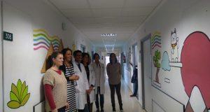 Dar a volta ao mundo mentres se está ingresado en Pediatría no CHUO