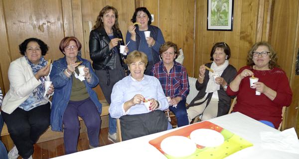 Photo of As amas de casa do Barco inauguran o curso cunha merenda