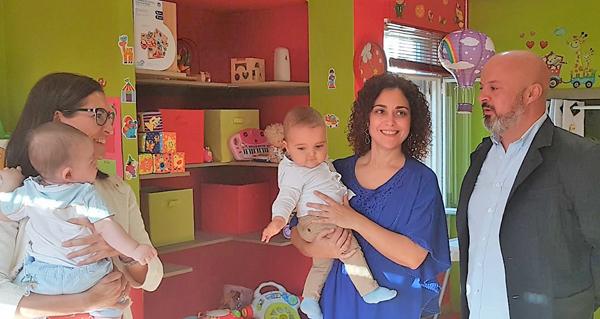 Photo of As casas niño da Gudiña e de Monterrei, visitadas pola directora xeral de Familia