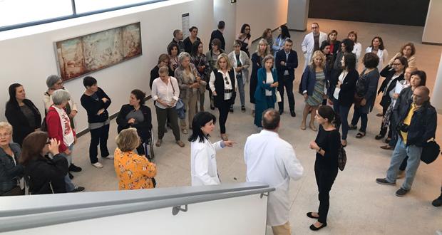 Photo of As asociacións de pacientes visitan o novo edificio de hospitalización do CHUO