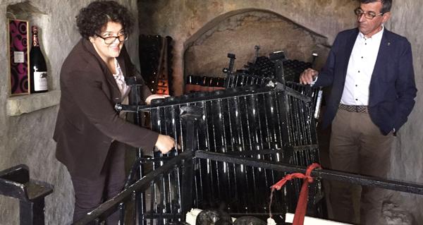 Photo of A valdeorresa Cristina Murga presenta en Sober os primeiros escumosos da Ribeira Sacra