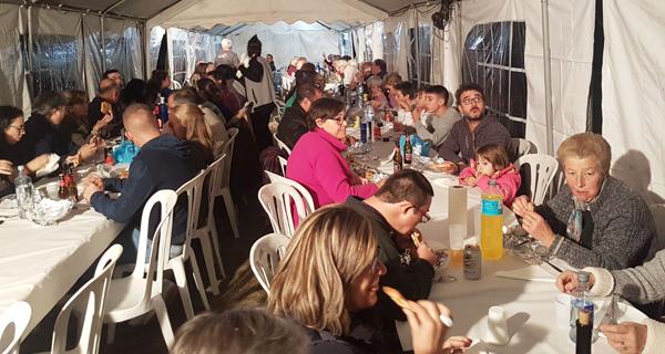 Photo of Os veciños de Parada de Sil celebran o magosto