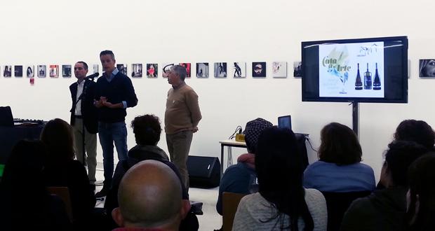 """Photo of Música do grupo """"MonnQup"""" e viño do Ribeiro na segunda sesión de """"Cata a Arte"""""""