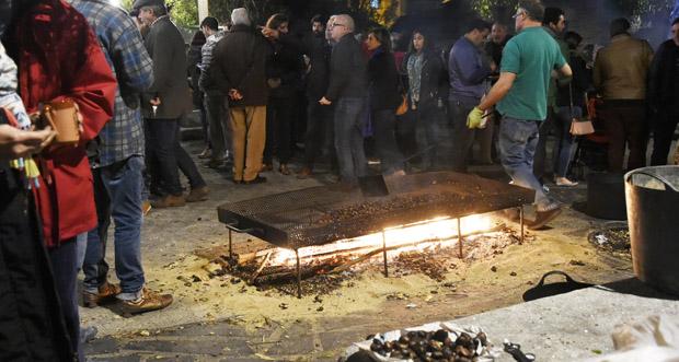Photo of Viño novo e castañas asadas na Festa de San Martiño, en Quiroga
