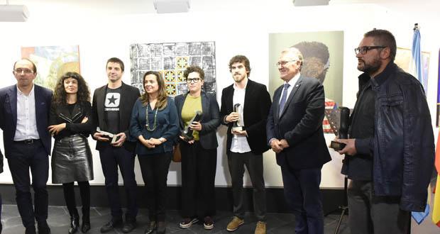 Photo of A obra plástica de trinta novos creadores galegos e lusos, no Barco