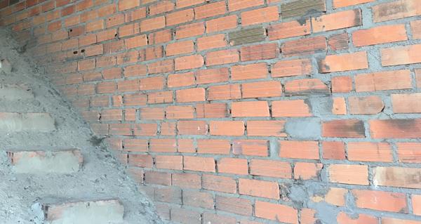 Photo of O Concello do Barco pide aos propietarios de edificacións inacabadas que as rematen