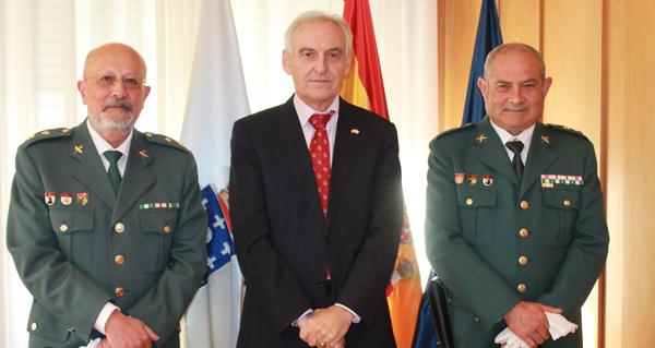 Photo of Reunión do subdelegado do Goberno en Ourense cos tenentes coroneis Orentino Varela e Jesús Gómez