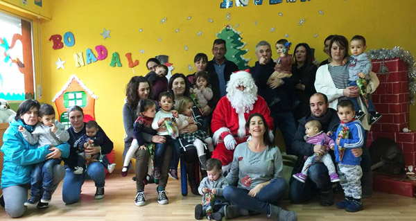 Photo of Papá Noel reúnese cos nenos de Sober